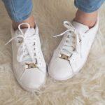 lace locks arc en ciel pour customiser ses baskets blanches