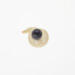 pin's pêche avec attache silicone noire