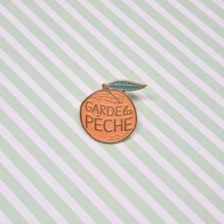 pin's message garde la pêche