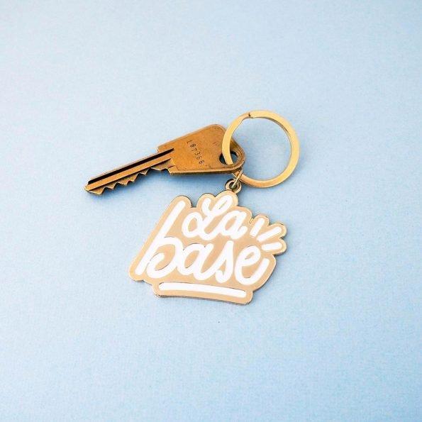 """porte-clés en email """"La base"""""""